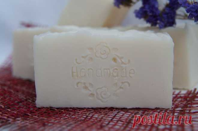 Пробуем сварить хозяйственное мыло сами - дешево и легко.