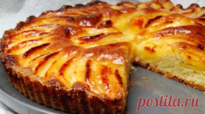 Простой открытый яблочный пирог - Счастливый формат