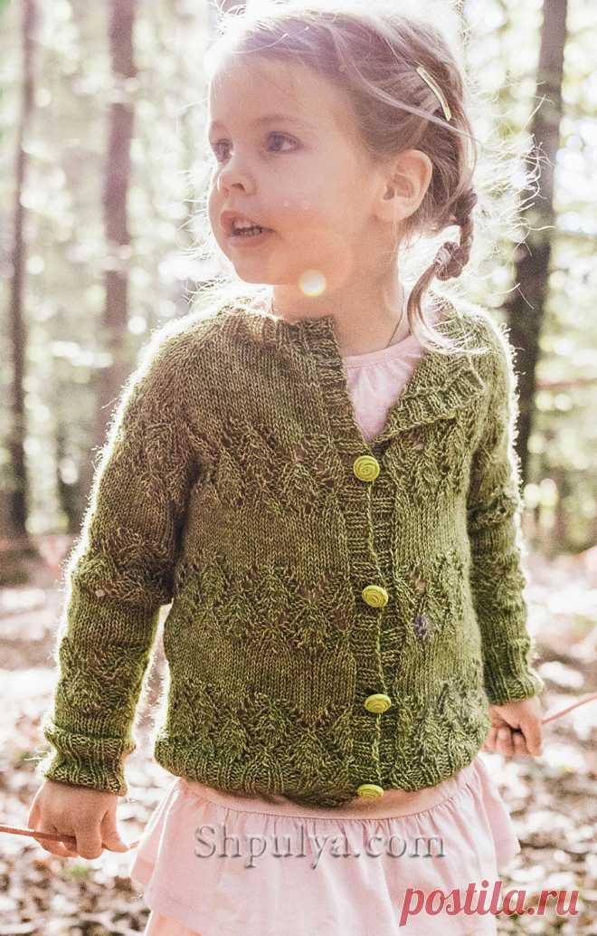 Зеленый жакет с ажурными полосами для девочки — Shpulya.com - схемы с описанием для вязания спицами и крючком