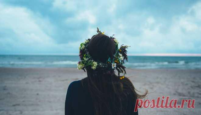 Если пусто в душе – значит, время сменить маршрут. запиши в голове разборчиво, без чернил: если любят тебя – обязательно подождут, если счастье придет – значит, ты его заслужил...