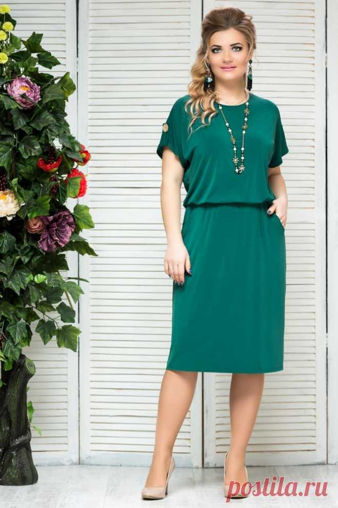 0a208fdc555 Модные женские платья больших размеров. Купить красивые платья для полных  женщин в интернет-магазине