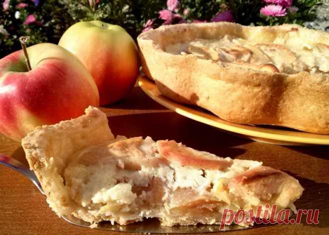 Этим пирогом угощали гостей в дворянских семьях. Действительно божественный вкус!