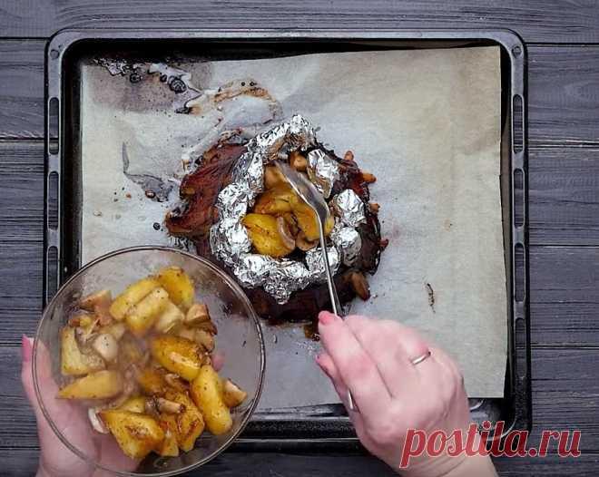 Изумительные свиные ребрышки запеченные в духовке |