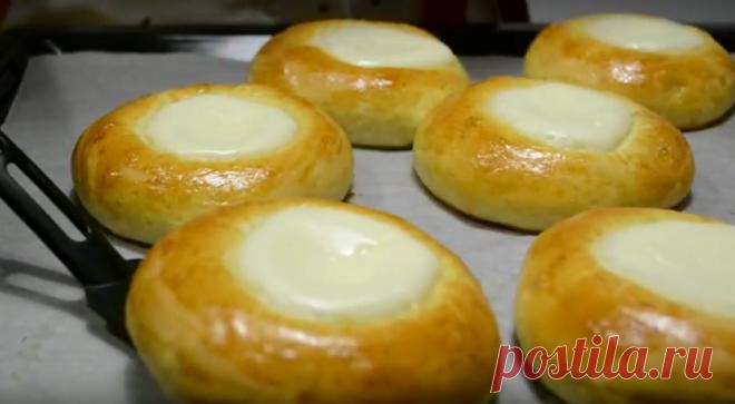 Булочки сметанники или ватрушки co cмeтанным крeмoм | Кулинарушка - Вкусные Рецепты