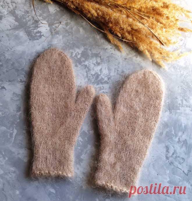 Варежки связаны из шерсти с хлопком. Варежки нежно облегают руку. Очень теплые, мягкие и очень пушистые. В процессе носки станут еще пушистей.