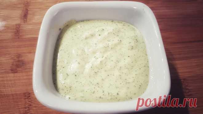Чесночный крем-соус с кинзой и чили рецепт с фото пошагово Чесночный крем-соус с кинзой и чили - пошаговый кулинарный рецепт приготовления с фото, шаг за шагом.