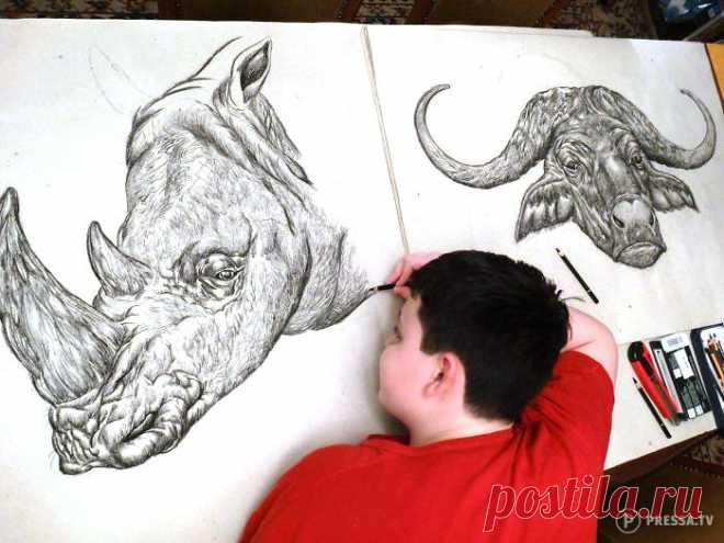 15-летний мальчик создает впечатляющие рисунки животных по памяти . Чёрт побери