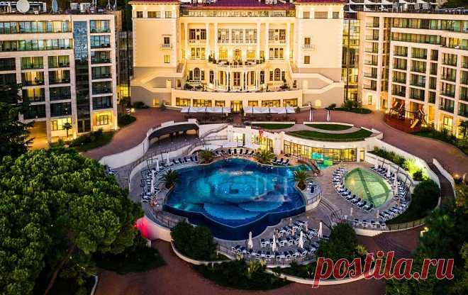 #domikvsochi_  +79673200099  Сдаются апартаменты в Сочи на первой береговой линии.  Элитный отель 5*.  На территории отеля апартаменты.  Безопасное бронирование от собственника.  Только проверенные объекты.   +79673200099  WhatsApp Viber Telegram