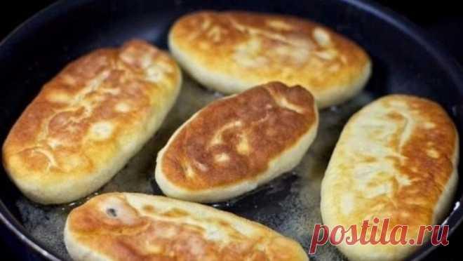 Как приготовить быстрые пирожки на кефире - рецепт, ингредиенты и фотографии