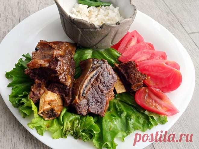 Как на Кавказе готовят говяжьи ребра, чтобы мясо таяло во рту. Можно делать в любой кастрюле, и вода не нужна   Домашняя кухня Алексея Соколова   Яндекс Дзен