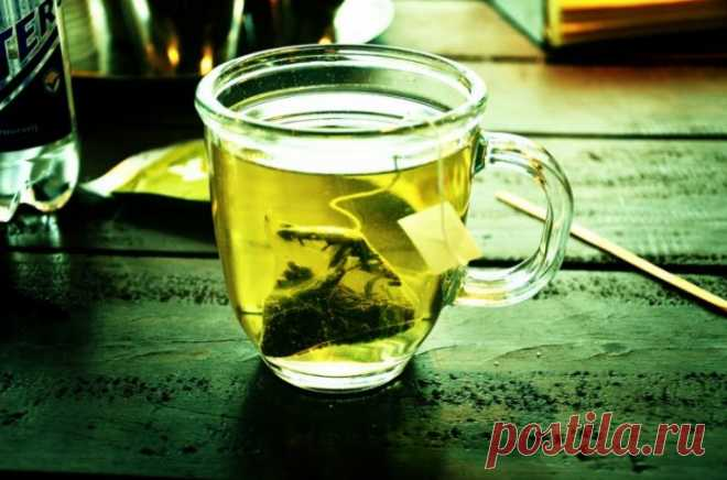 Используйте зеленый чай, чтобы мгновенно получить свежий вид лица - Сайт для женщин Мы все знаем, что зеленый чай очень хорош для нашего внутреннего здоровья, но лишь немногие знают, что он очень полезен для кожи, если применяется снаружи. 1. Как получить свежий взгляд мгновенно с помощью зеленого чая Если вы хотите получить свежий внешний вид мгновенно и у вас нет времени на это, возьмите зеленый чай. Возьмите зеленый …