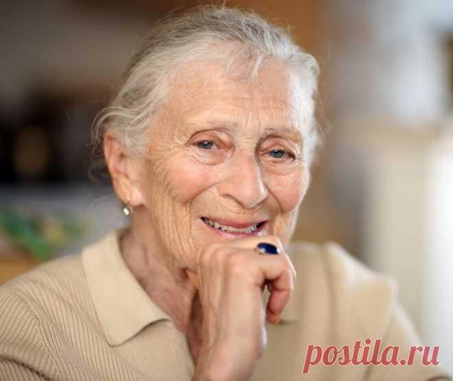 Разговорилась с бездетной женщиной 70-ти лет. Не рожала – осознанно. Я узнала, не жалеет ли она