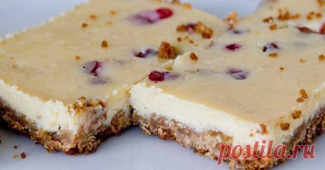 Citrininis pyragas tinginiams su kondensuotu pienu Citrininis pyragas tinginiams su kondensuotu pienu - patiekalas, kurį nesunkiai pasigaminsite pagal šį receptą. Daug gerų, išbandytų receptų, kuriuos privalai išmėginti!