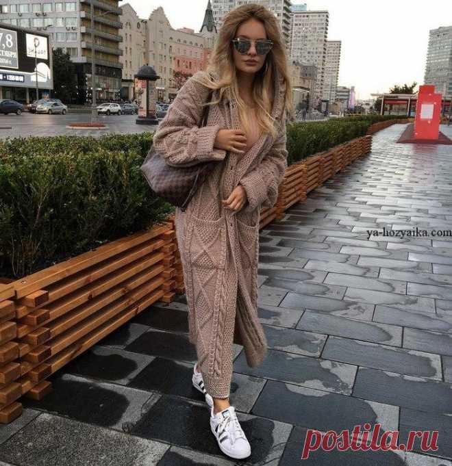 стильное пальто спицами рельефными узорами модное женское пальто сп
