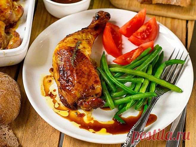 Hähnchenschenkel im Ofen: So gelingen sie perfekt | Liebenswert Magazin