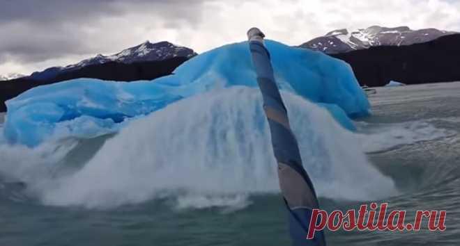 В Патагонии откололся огромный кусок айсберга #Видео