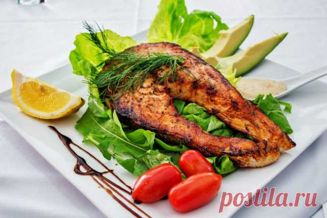 Продукты, из которых должен состоять рацион по мнению диетологов Вы задумывались и рассматривали свой рацион питания, какие основные продукты туда входят?