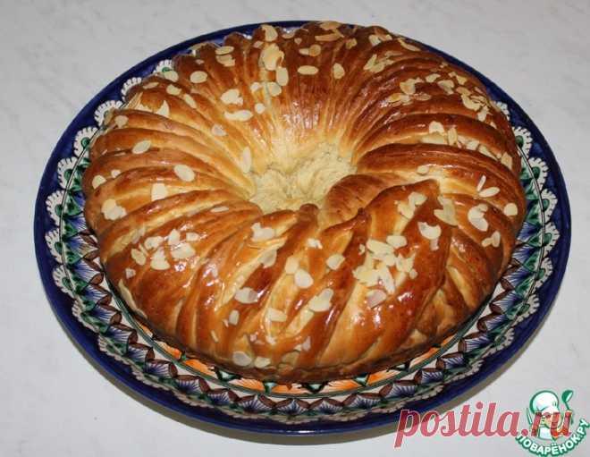Пирог с вареной сгущенкой и орехами – кулинарный рецепт