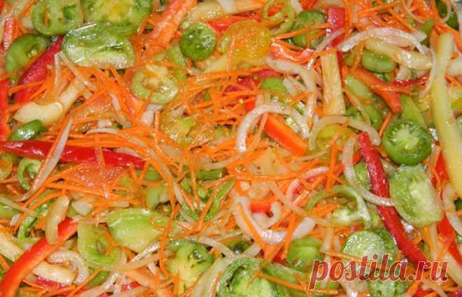 Праздничный салат из зеленых помидоров