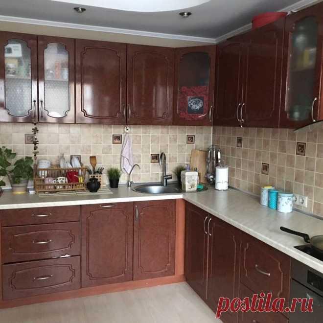 Как обновить кухню, не меняя ее? Делаем своими руками из старой кухни новую и стильную. До и После 😊👍 | Квартира м2 | Яндекс Дзен