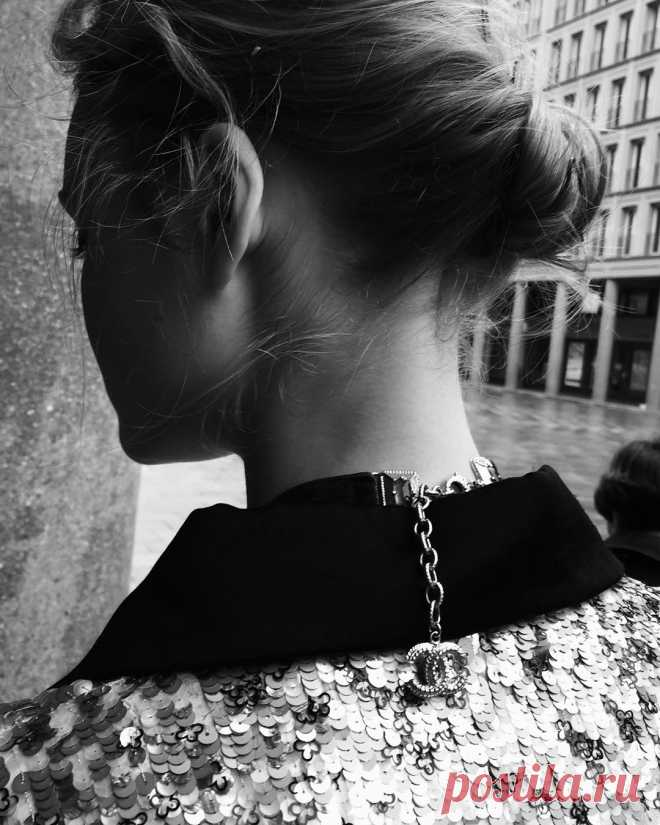 CATRIN & JACOB @ Catrin Kreyss в Instagram: «Behind the scene @miagruenwald for @harpersbazaarro Hair by me @catrinandjacob #catrinkreyss using @avedagermany» 867 отметок «Нравится», 11 комментариев — CATRIN & JACOB @ Catrin Kreyss (@catrinandjacob) в Instagram: «Behind the scene @miagruenwald for @harpersbazaarro Hair by me @catrinandjacob #catrinkreyss using…»