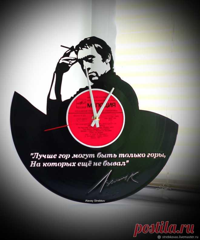 Оригинальный подарок. Часы