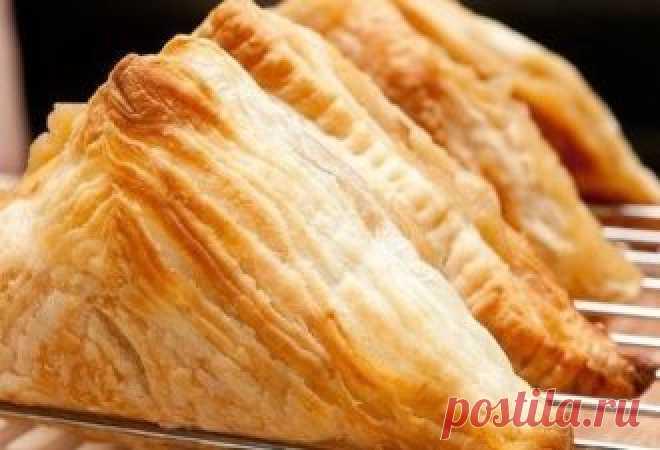 """Это удобрение для цветов из пищевых отходов. Оно возрождает к жизни растения за считанные дни   Если ваши комнатные растенияпечально опустили голову и не хотят больше расти, если вам кажется, что лучший способ исправить ситуацию — это выбросить """"питомца"""" — не торопитесь! Мы откроем вам один у…"""