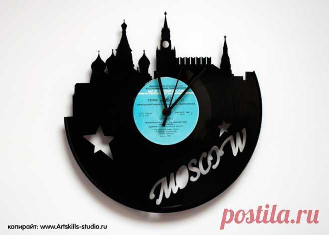 Часы из виниловой пластинки «Москва» купить подарок в ArtSkills: фото, цена, отзывы
