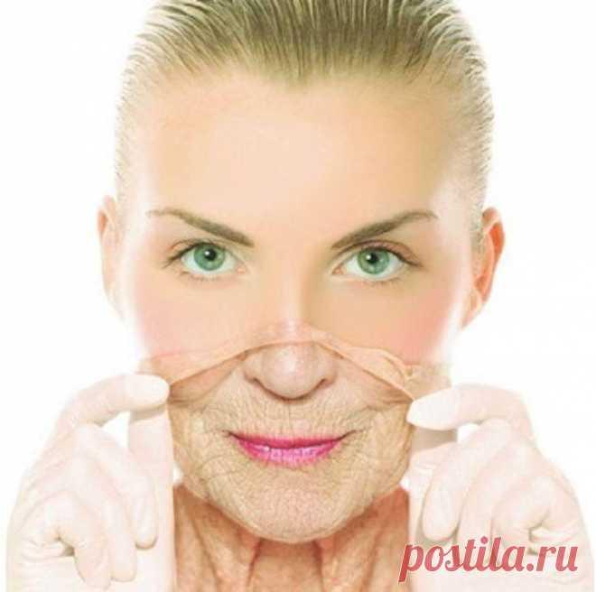Минус 10 лет: омолаживающие маски для лица в домашних условиях С возрастом каждая женщина начинает замечать на лице изменения, которые совсем не радуют. К сожалению, процесс старения неизбежен, однако его можно замедлить на 10 и даже 20 лет. При одном условии: пр...