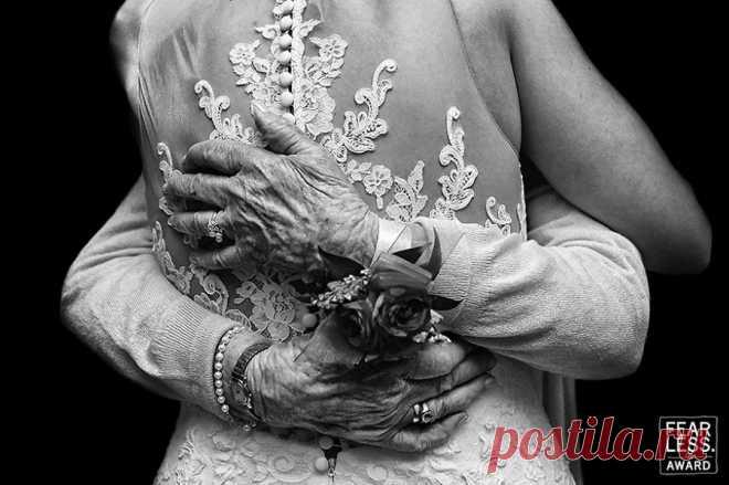 Вдохновляющие свадебные фотографии с конкурса Fearless Awards 2017