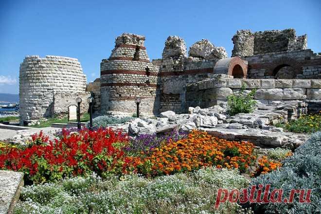 Несебр - древнейший город Болгарии