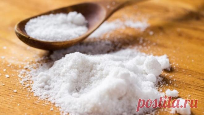Рецепты на основе соли, которые помогут при кашле, простуде и избавят от бородавок