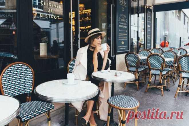 Вот почему француженки не толстеют: 9 простых правил, благодаря которым вы всегда будете стройной - Женский Журнал Многие жительницы Франции умудряются сохранить девичью стройность и после 40, и даже после 50 лет. Как им это удаётся? Многие жительницыФранцииумудряются сохранить девичью стройность и после 40, и даже после 50 лет. Как им это удаётся? Наш автор, которая жила и работала в Париже, делится своими наблюдениями. Итак, француженки… Легко отказываются от завтрака Утром француженка …