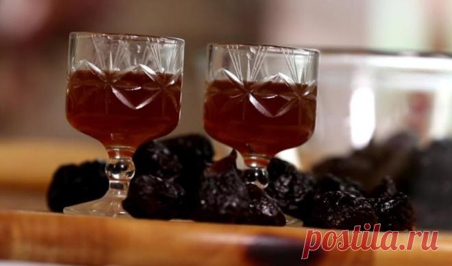 Наливка из чернослива. Суперский напиток из простых ингредиентов. | Олег Карп | Яндекс Дзен