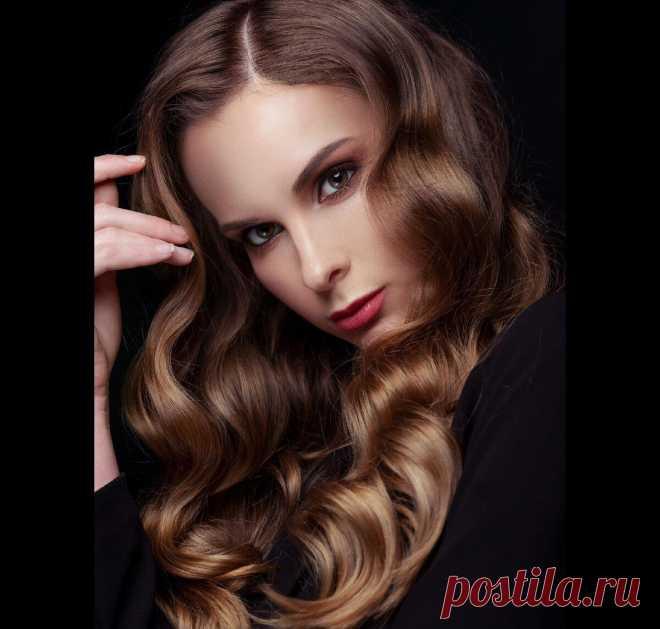 Волосы как из салона: 6 секретов, от парикмахера, которые знает далеко не каждая женщина У приятельницы роскошная шевелюра: черные как смоль, густые, длинные, вьющиеся волосы. Она ложится с мокрой головой и встаёт с укладкой. Она может позволить себе самую затрапезную одежду и всё равно выглядит роскошнее большинства женщин — благодаря своему «чёрному золоту». Впрочем, неважно какого цвета ваши... Читай дальше на сайте. Жми подробнее ➡