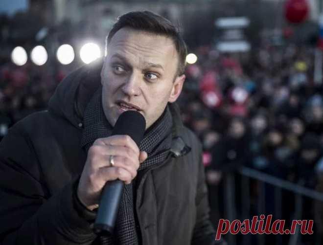 Навальный очнулся и заговорил – последние новости о состоянии здоровья оппозиционера