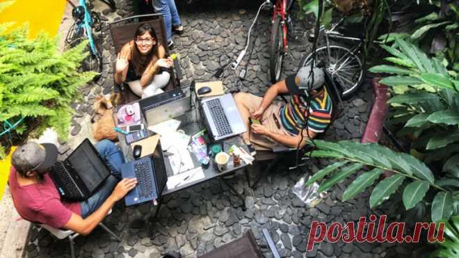 Сообщество для работы в путешествиях, анонимные телефонные номера за биткоины и ещё 30 идей для стартапа