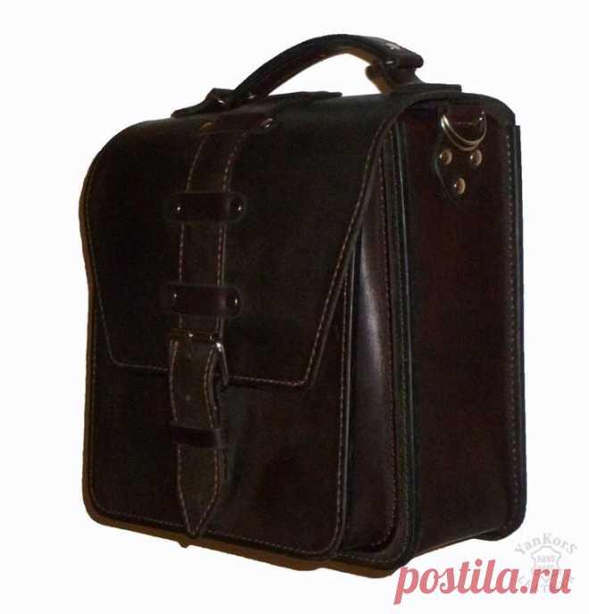 Шьем мужскую сумку из кожи