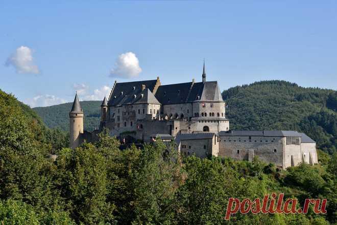 Замок Вианден в Люксембурге: легендарный форпост, который чудом удалось вернуть к жизни