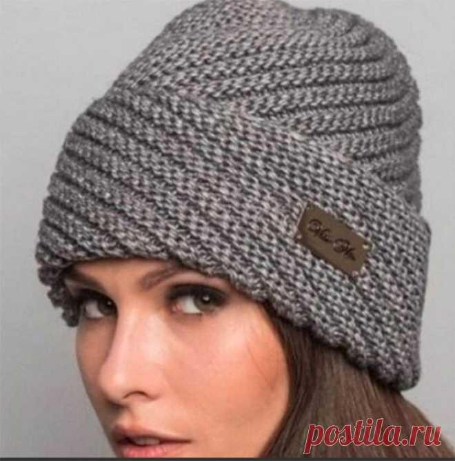 Симпатичная шапочка диагональной резинкой (Вязание спицами) – Журнал Вдохновение Рукодельницы