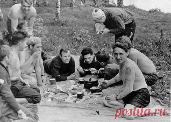 Как советские люди на пикники по выходным выезжали (Подборка редких ностальгических фото) ⛺ 🧭🍗 | Фотоблог №1005001 | Яндекс Дзен