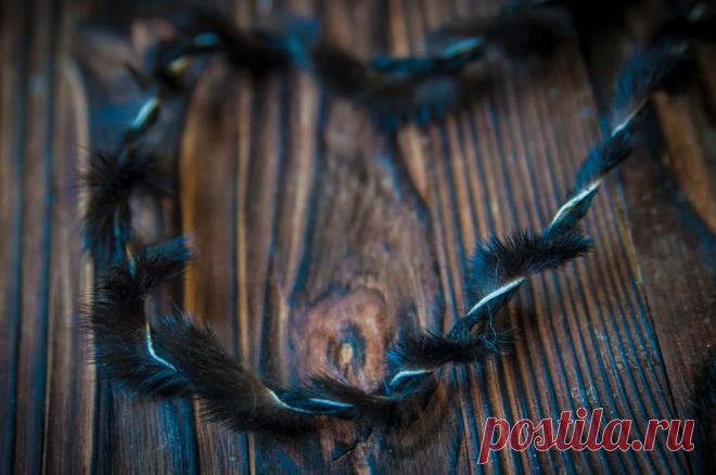 Не выкидывайте старые меховые воротники и шапки! Расказываю, что из них можно сшить или даже - связать | Живые вещи | Яндекс Дзен