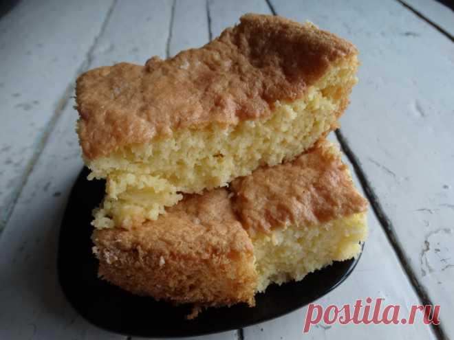 Обожаю «Cербский кох» - как говорится: ела бы его и ела. Поистине гениальный пирог, что-то между бисквитом и манником - Пир во время езды В мире бисквита есть особенный пирог, который на вкус еще вкуснее, еще нежнее и еще необычней! Обожаю сербский кох, кажется, что такой гениальный рецепт завоюет весь мир. И я удивлена, когда рассказываю знакомым об этом пироге, а они первый раз о нем слышат. Как? Такой вкуснющий пирог, а вы о нем не знаете??? Я всегда …