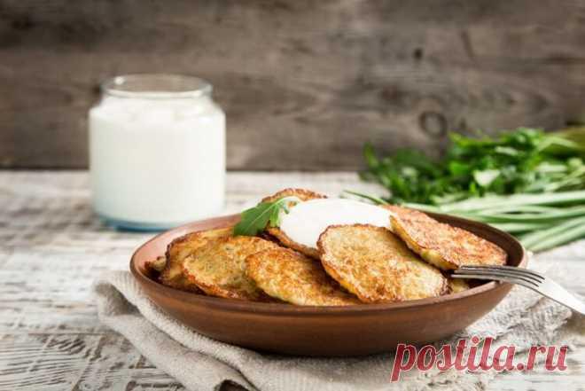 Удачный рецепт драников, которые не расползаются на сковороде — Жизнь под Лампой!