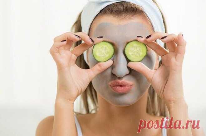 Лучшие домашние маски для для жирной кожи Маски для жирной кожи лица в домашних условиях являются одним из самых действенных способов сделать лицо чистым и матовым. Многие косметические средства, предназначенные для данного типа эпидермиса, п...