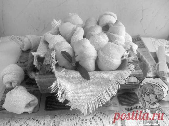 Рогалики на кефире без дрожжей с яблочной начинкой - простой рецепт