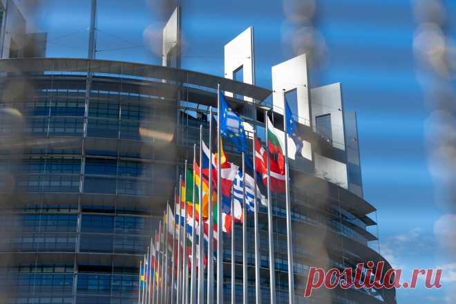 Tochka Zрения ⁄ ЕС опубликовал «Санкционный список Навального» 13:00, Брюссель, Tochka Zрения, Евросоюз выполнил свои угрозы и опубликовал так называемый