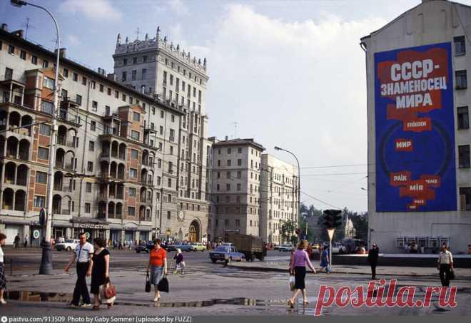Проспект Мира, 38: каково жить в доме, в котором располагается вход в метро | О Москве нескучно | Яндекс Дзен