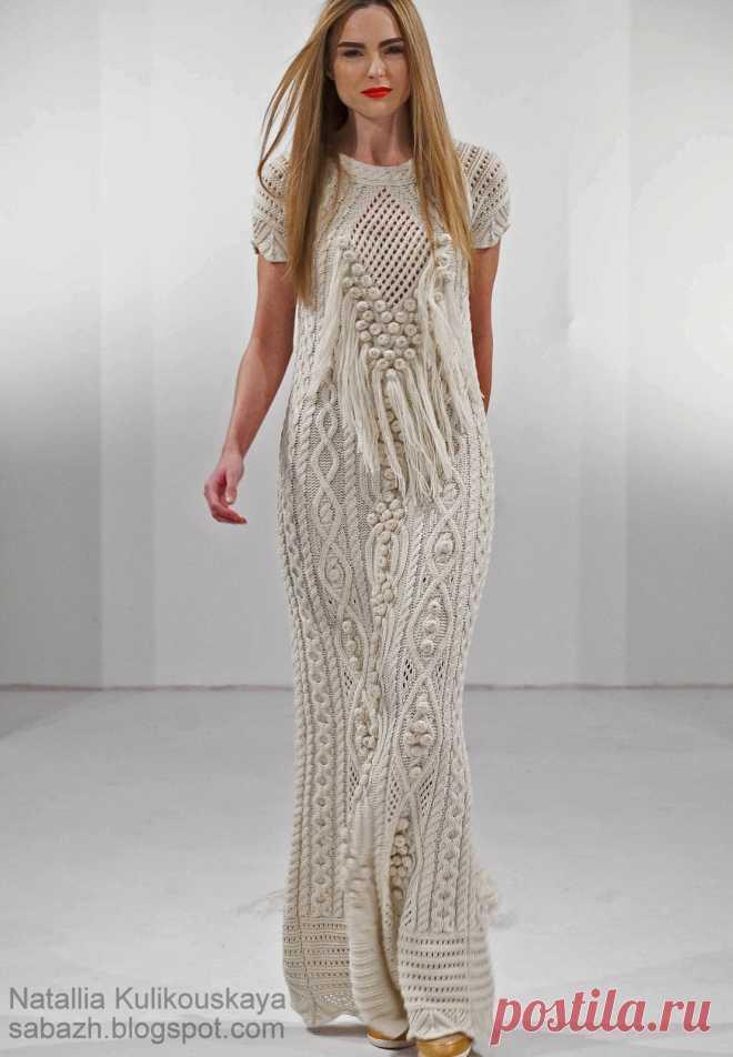 длинное платье с аранами схемы дизайнерское вязаное платье спицами