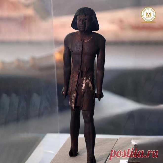 На раскопках в Египте нашли статую загадочного незнакомца